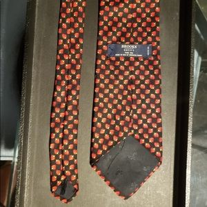 Brooks Brothers Strawberry Tie